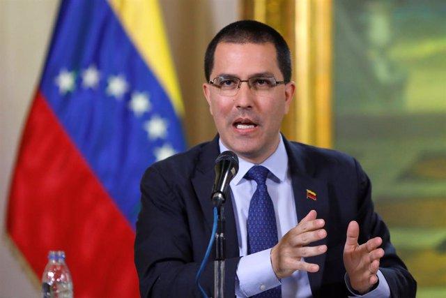 """Arreaza tilda de """"fracaso"""" la política de EEUU tras las palabras de Pompeo sobre la oposición de Venezuela"""