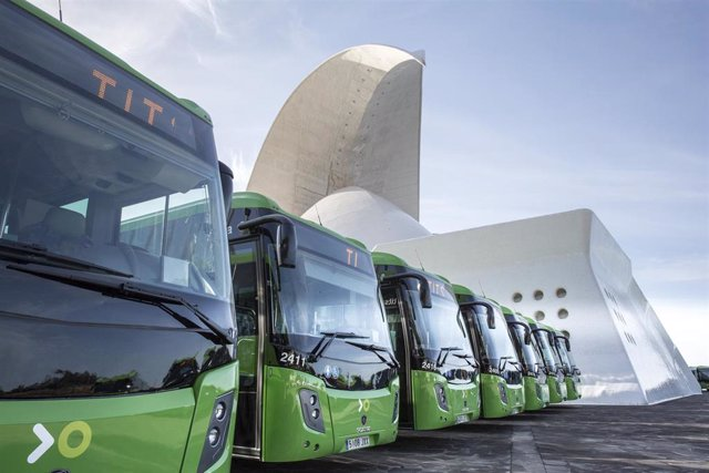 Resultado de imagen de Las nuevas guaguas de Titsa incorporan wifi gratuito a bordo