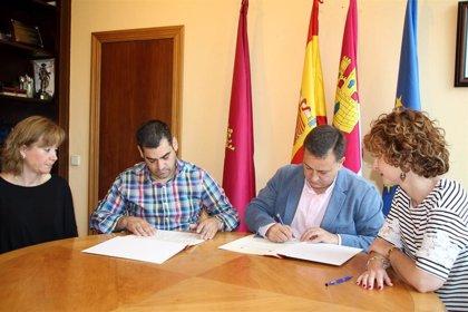 Ayuntamiento y hosteleros de Albacete crearán una red de locales libres de violencias machistas