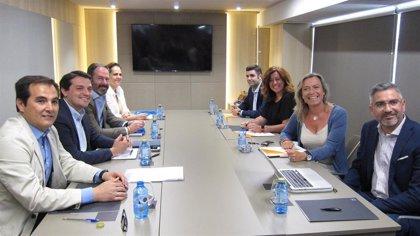 Bellido (PP) dice que no cree que afecte lo que ocurra en el Parlamento con la negociación de Córdoba