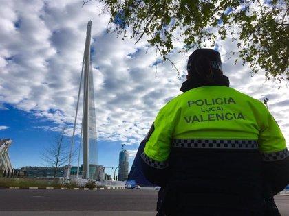 Detenido en València por amenazar a su pareja delante de su hija de tres años