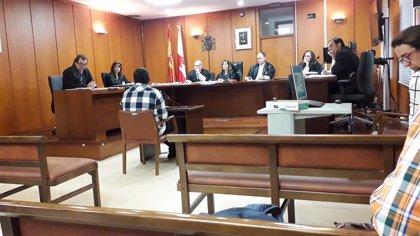 El acusado de abusar de un chico de 14 años asegura que fue consentido y que no sabía que era menor