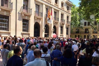 """El Ayuntamiento de Xàtiva condena el asesinato de una vecina y pide """"mayor rigor"""" en leyes y recursos"""
