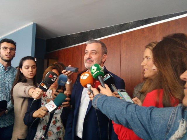 Collboni urgeix Colau a avançar en un acord que garanteixi un govern de BComú i PSC