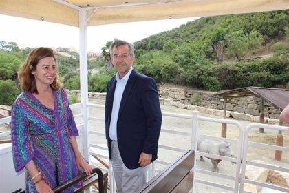 Selwo Aventura de Estepona (Málaga) inaugura Territorio Sabana, el hábitat del rinoceronte blanco