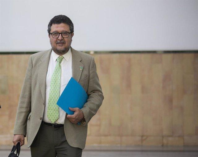 Reuniones de última hora en el Parlamento de Andalucía para tratar el Presupuesto de 2019