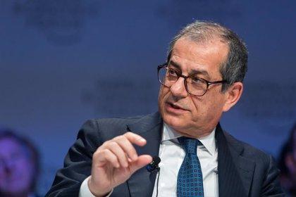 """El ministro italiano de Finanzas califica de """"ilegal"""" la implantación de los 'mini-BOT'"""