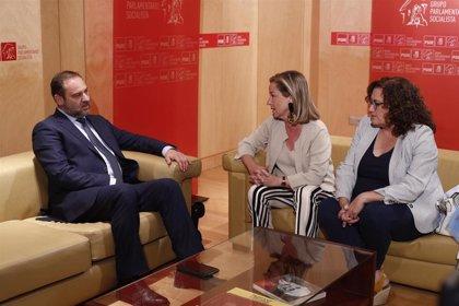 CC confirma al PSOE que votarán 'no' a Sánchez si cierra con Podemos un programa o un gobierno de cooperación
