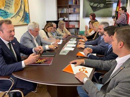 Cs sigue sin decantarse entre PRC-PSOE o PP en Santander a la espera de reunirse con Igual