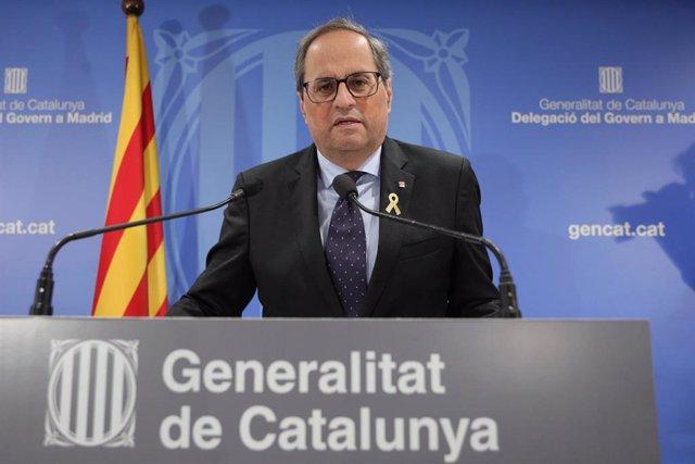 El presidente de la Generalitat, Quim Torra, atiende a los medios de comunicación en la delegación del Govern en la Calle Alcalá de Madrid tras finalizar la sesión del juicio por el procés