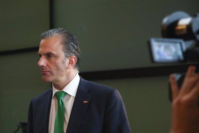 """Ortega Smith insiste en que el gobierno del Ayuntamiento depende de que PP y Cs estén """"dispuestos a sentarse"""" con Vox"""