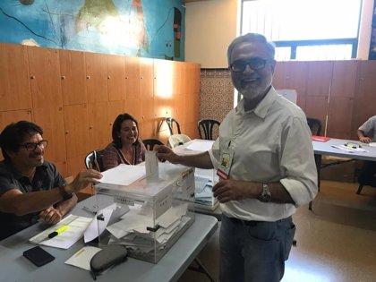 El portavoz de IU en el Ayuntamiento de Rincón de la Victoria (Málaga) renuncia a su acta por incompatibilidad laboral