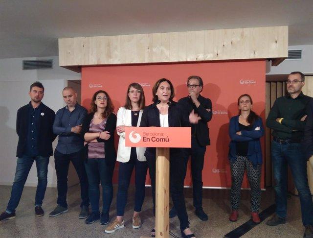 """Av.- Colau defensa l'acord amb el PSC amb els vots """"regalats"""" de Valls encara que no li agradin"""
