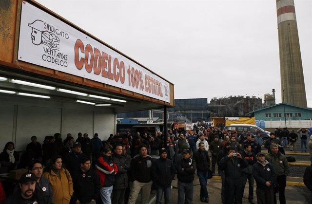 Huelga De Trabajadores Chilenos En Codelco