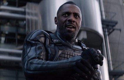 """Idris Elba demuestra por qué le llaman el """"Superman negro"""" en el nuevo adelanto de Hobbs and Shaw"""