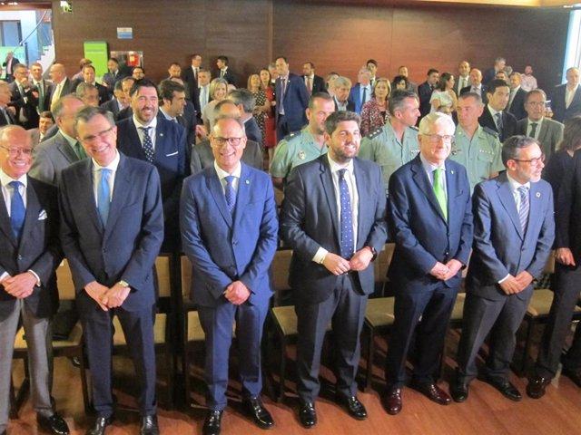 """López Miras critica que la """"infrafinanciación"""" o la falta de inversión del Estado ponen en """"riesgo"""" la recuperación"""