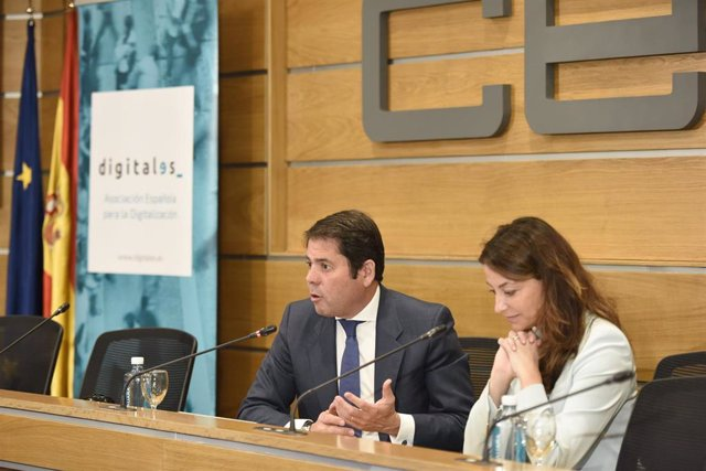 """Economía/Empresas.- Cepyme pide una mayor """"cultura digital"""" en las pymes para aprovechar los beneficios de la tecnología"""