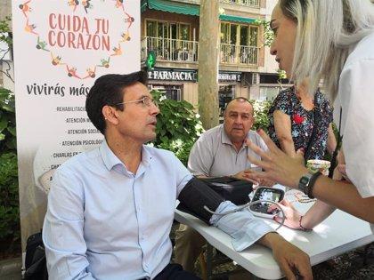 """El alcalde de Granada (PSOE) critica que las negociaciones se estén """"tutelando desde Madrid"""""""
