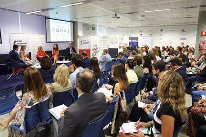Más de 200 directivos participan en Sevilla en el IV Encuentro Anual del Foro de los Recursos Humanos en Loyola