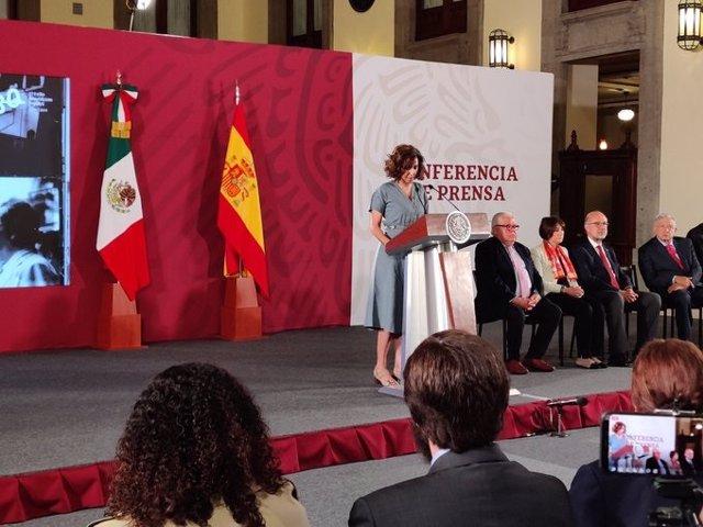 """López Obrador proclama """"Viva España"""" y dice: """"Podemos tener diferencias transitorias pero es más lo que nos entrelaza"""""""