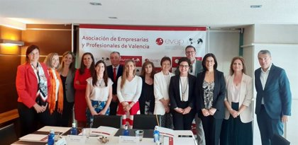 María Teresa Busto, Teresa Gisbert, Marina Belenguer y Belén Franch, galardonadas con los Premios EVAP 2019