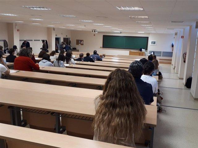 Más de 1.500 personas se examinan este sábado para lograr plaza fija en centros públicos del Servicio Andaluz de Salud