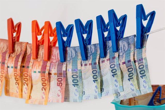 Blanqueamiento de dinero, paraíso fiscal