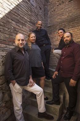 El Teatre Akadèmia viatja en la història del poblo gitano i la seva música a través d'una obra