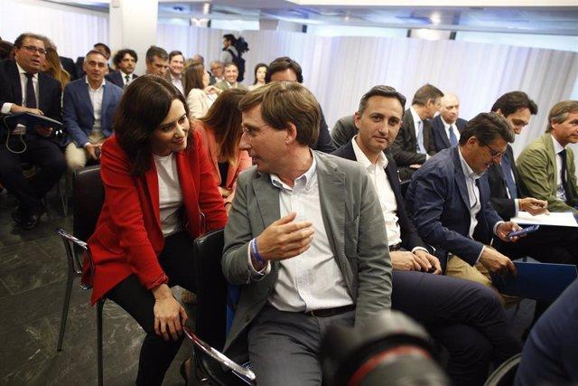 """VÍDEO: Almeida apela a que todos tengan """"generosidad suficiente"""" para garantizar el cambio que pidieron los madrileños"""