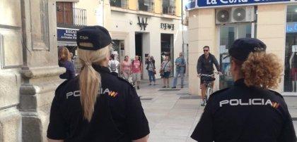 Sucesos.- Detenido por atracar a punta de pistola una panadería en Antequera