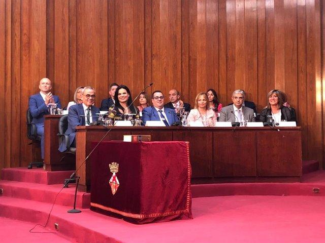 Núria Marín (PSC) és investida i governarà L'Hospitalet (Barcelona) per quart mandat