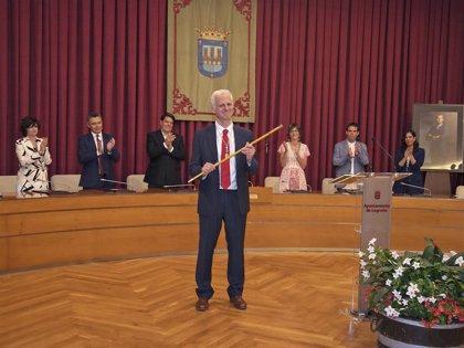 Hermoso de Mendoza, nuevo alcalde de Logroño, aboga por aprovechar talento y trabajar juntos para prosperar