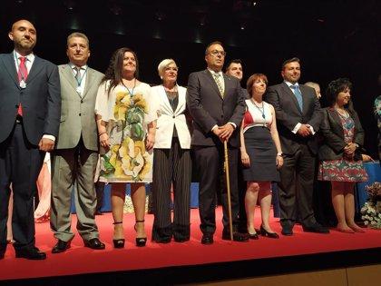 El socialista Santiago Llorente, reelegido alcalde de Leganés con 15 votos, tres de ellos de Ciudadanos