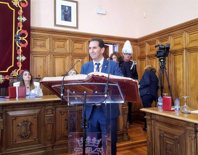 Mario Simón (Cs) se hace con al alcaldía de Palencia con el apoyo de PP y Vox