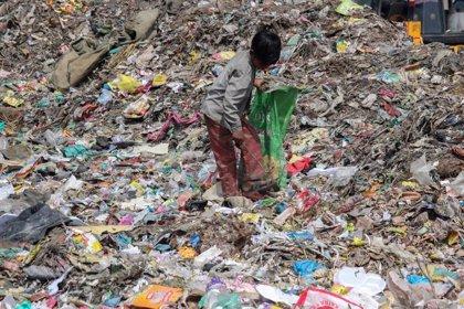 La crisis mundial del plástico