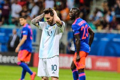 Colombia amarga el debut de la Argentina de Messi