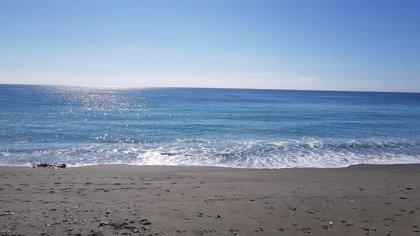 Rescatan el cadáver de una mujer desaparecida desde mediodía en una playa de Pulpí (Almería)