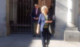 Carmena llega a la Plaza de la Villa a las 9 horas para renunciar a su acta de concejala
