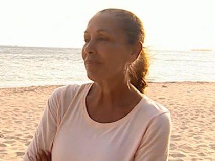 Isabel Pantoja traiciona a Mónica Hoyos en 'Supervivientes 2019'