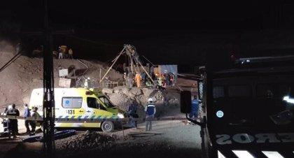 Hallan sin vida al tercer minero boliviano atrapado entre los escombros de una mina en Chile