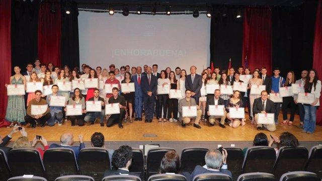 Los 80 mejores alumnos de ESO, Bachillerato, FP y Enseñanzas artísticas reciben el Premio Extraordinario de mil euros