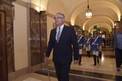 Javier Goya, nuevo jefe de Policía Municipal de Pamplona, y Juan Echenique, director de Alcaldía