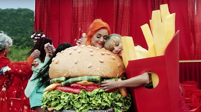 Taylor Swift apoya a la causa LGBT y se reconcilia con Katy Perry en el videoclip de You need to calm down