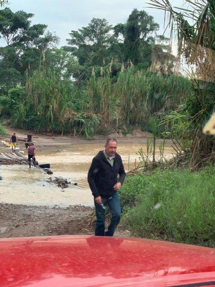 El diputado opositor Richard Blanco abandona la Embajada de Argentina en Caracas y huye a Colombia