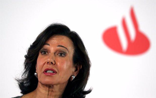 Economía/Finanzas.- Santander rebaja hasta 3.223 personas las salidas por el ERE