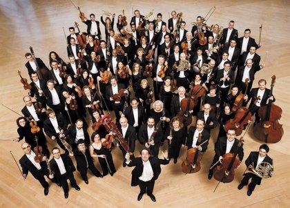 La OBC volverá a la playa de Barcelona con un concierto dirigido por Michal Nesterowicz