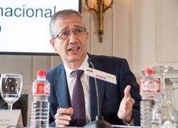 El governador del Banc d'Espanya aposta per augmentar l'edat efectiva de jubilació (APIE)