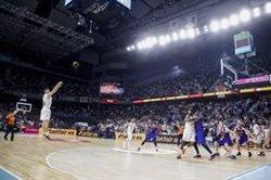 Carroll corona una remuntada increïble que acosta el Reial Madrid al títol (ACB PHOTO / E. COBOS)