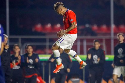 Chile impone su condición de campeón de la Copa América goleando a Japón