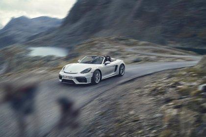 Porsche amplía la gama 718 con los nuevos 718 Spyder y 718 Cayman GT4